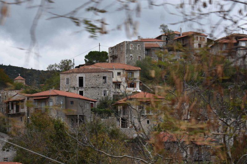 Στεμνίτσα Πέτρινα Σπίτια - Photo by @vacay_footprints